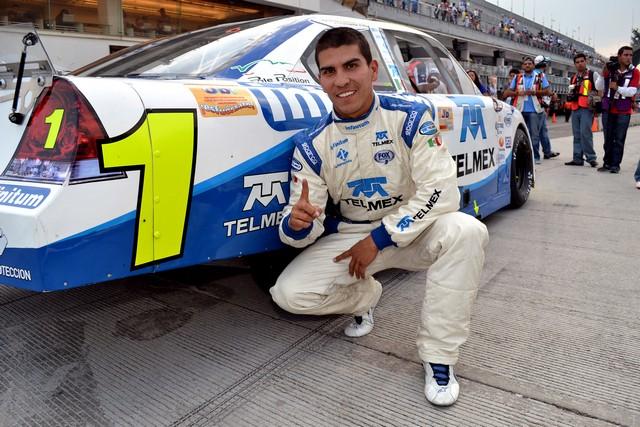 ANTONIO PÉREZ REGRESA AL LIDERATO GENERAL DE LA NASCAR TOYOTA SERIES