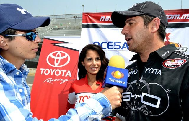 'VAMPIRO' Y BARRALES LOS NUEVOS CENTENARIOS DE NASCAR TOYOTA SERIES