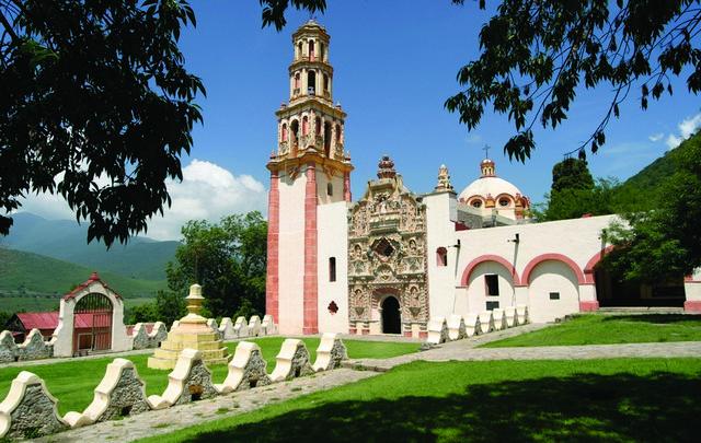 Presenta el Secretario de Turismo las Rutas de Querétaro