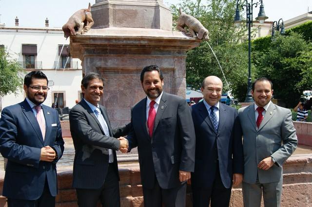 Recibe Secretario de Turismo Comitiva Uruguaya