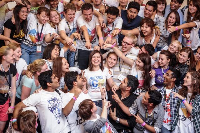 AIESEC – Organización dirigida enteramente por jóvenes