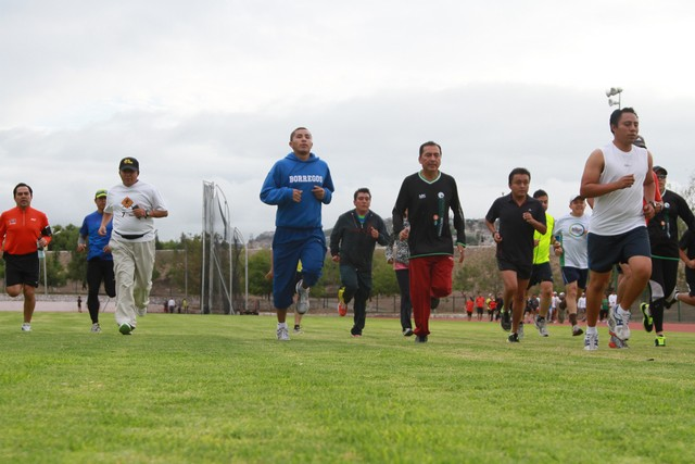 Inician los entrenamientos preparatorios para el Querétaro Maratón 2013