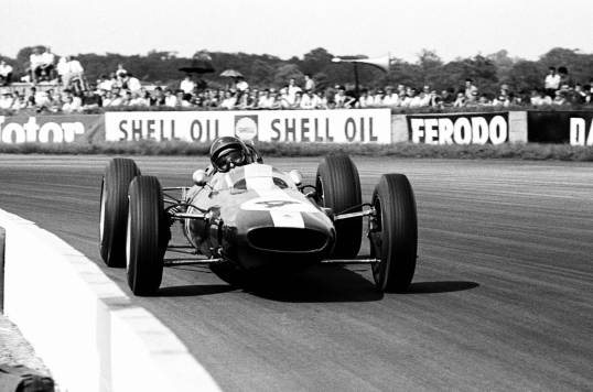 Jim Clark, rhythmically poised…