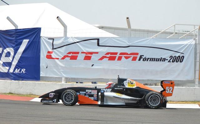 Expectación en San Luis, por ver a volantes extranjeros de LATAM F2000
