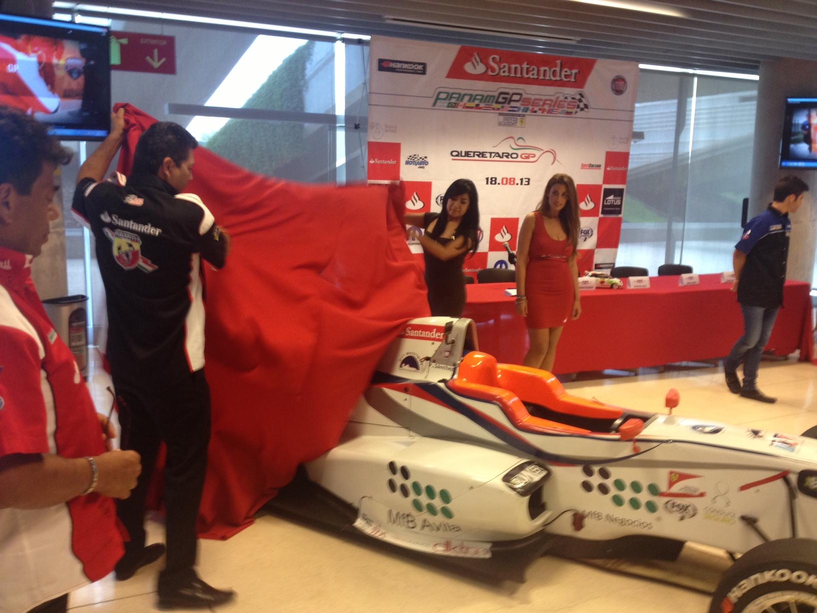 Se presentaron los Autos del PANAM a medios de Querétaro
