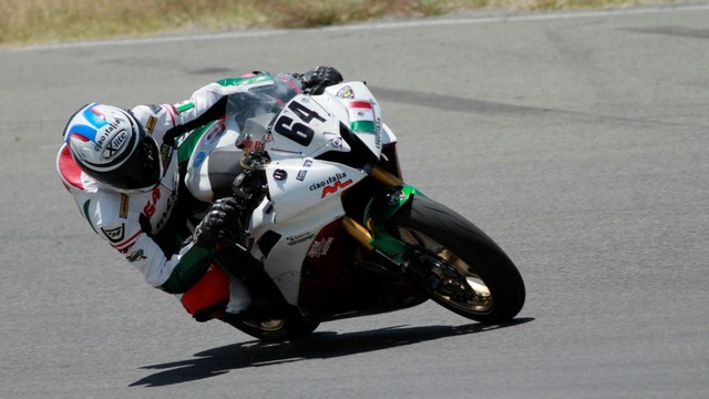 Jonathan Arevalo se impuso en la Formula 1800 – Yair Sanchez con la victoria en las Super Motos