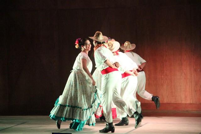 Clausura del Diplomado en Apoyos a la Formación y Enseñanza de la Danza Folkórica – Primera Generación.