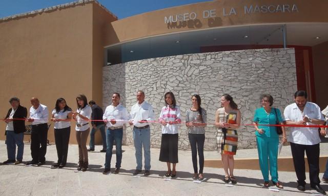 El Gobernador José Calzada inaugura la Red de Museos en Bernal