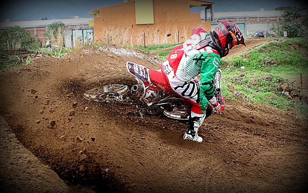 Eduardo Andrade Motocros 4