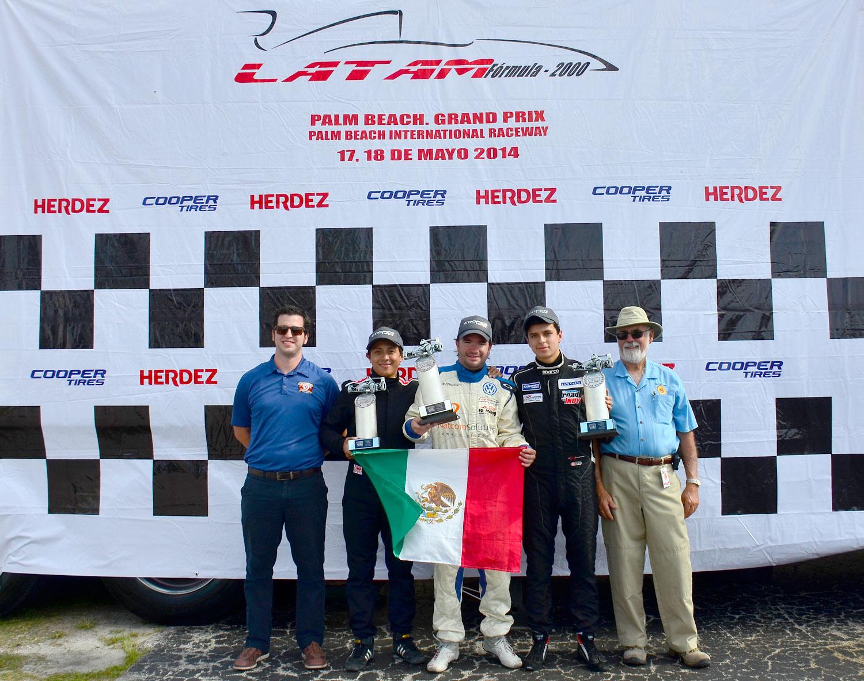 Querétaro en el podio de triunfadores a manos de Sergio Muñoz