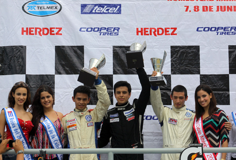 Santiago Lozano gana la primera del Homestead Grand Prix