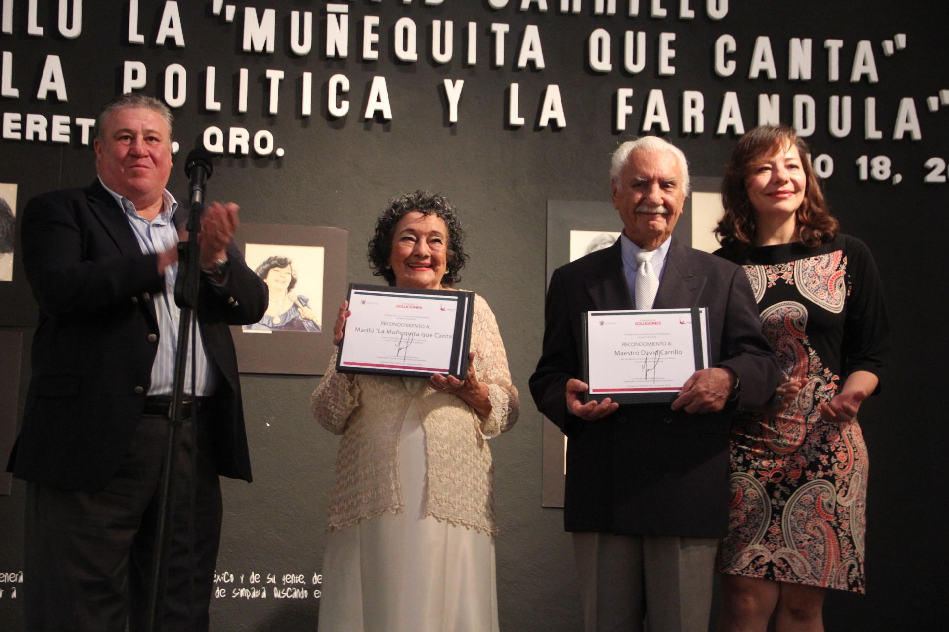 """Se lleva a cabo homenaje por 75 años de trayectoria a Marilú """"La Muñequita que Canta"""" y David Carrillo"""