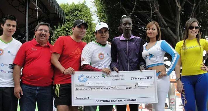 Todo un éxito la Primera Carrera Emprendedores Querétaro