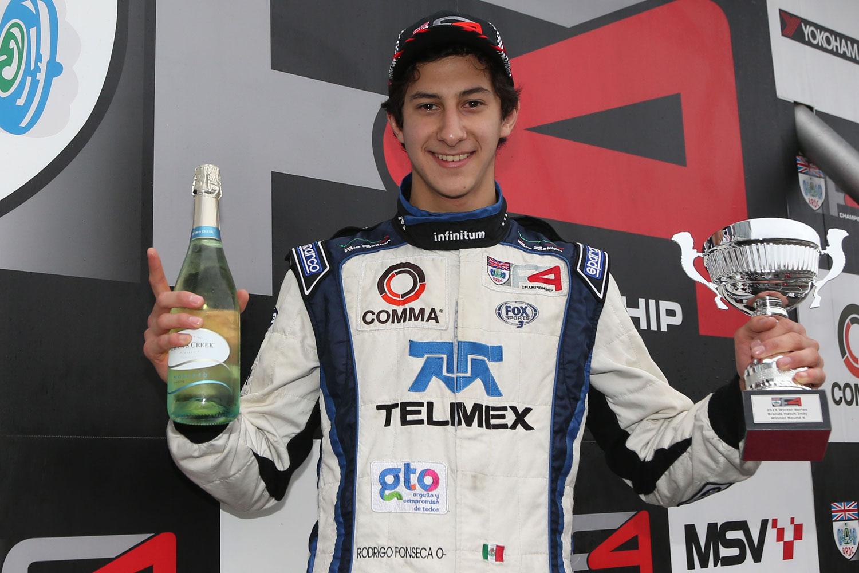 Espectacular victoria de Rodrigo Fonseca en Brands Hatch