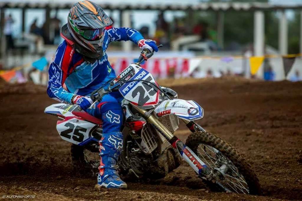 Eduardo ¨Wewe¨ Andrade se colocó en el Top Ten de la Copa Sudamericana de Motocross