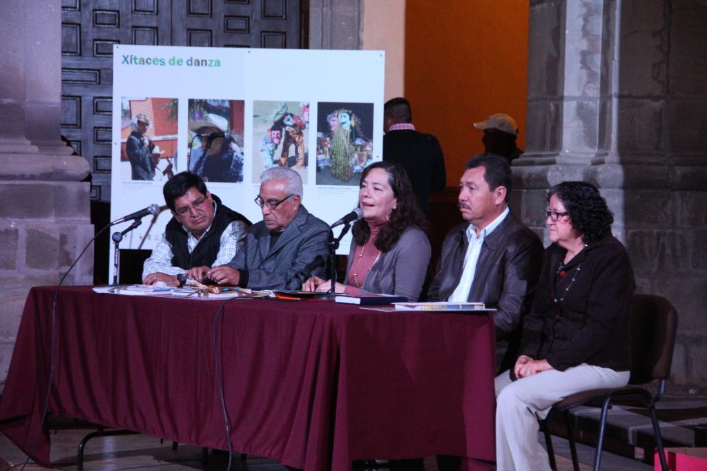 Presenta el IQCA publicaciones y proyectos de difusión de la cultura popular de Querétaro