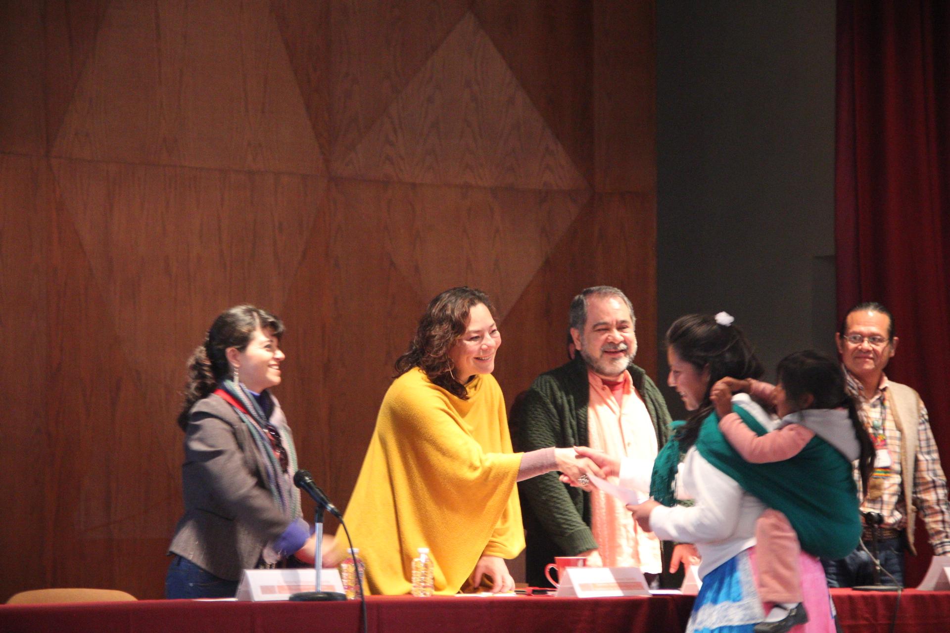 Entrega IQCA recursos a proyectos ganadores de la convocatoria 2014 del PACMyC Querétaro