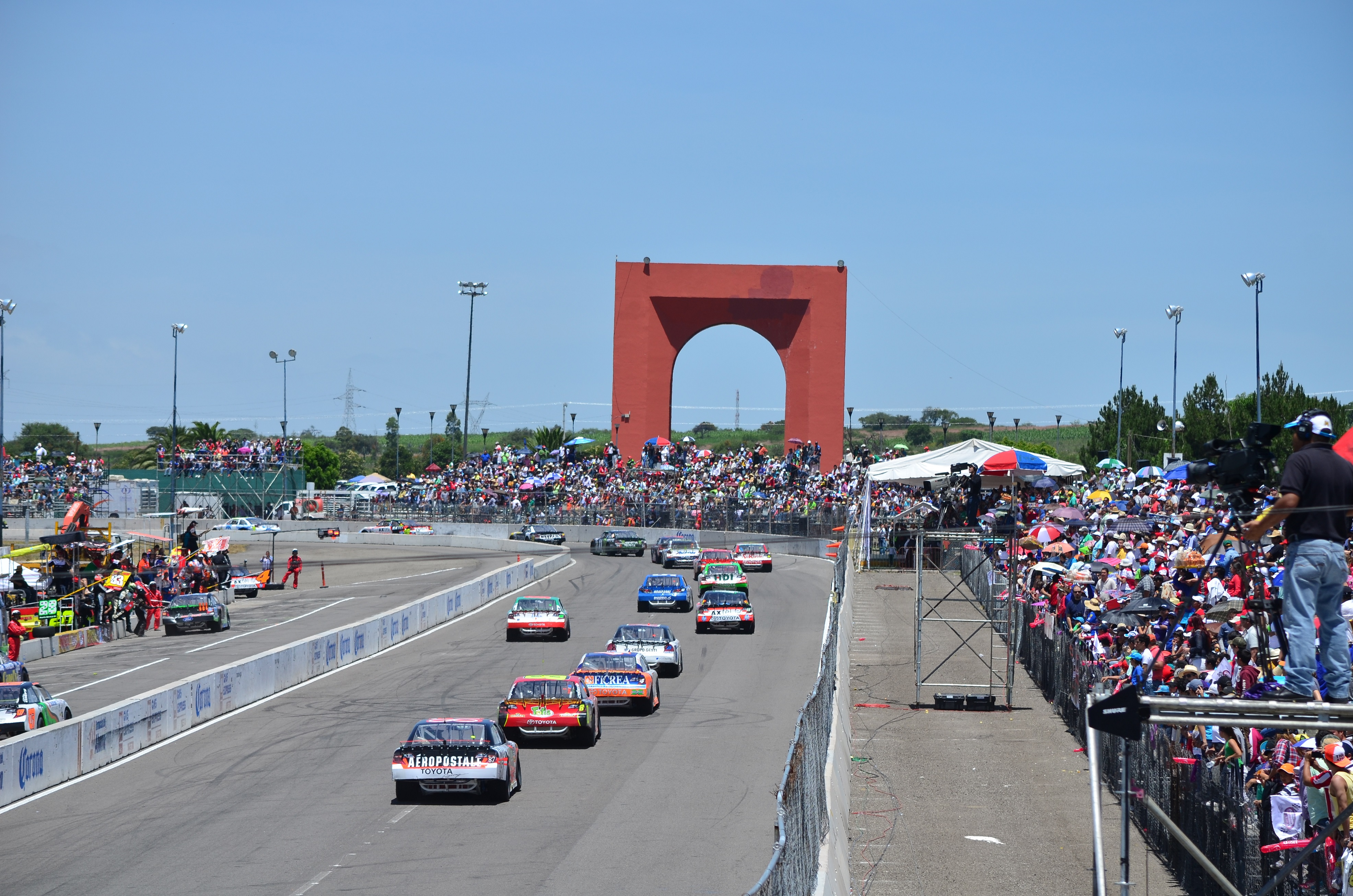 Los pilotos de NASCAR México a la conquista de Querétaro