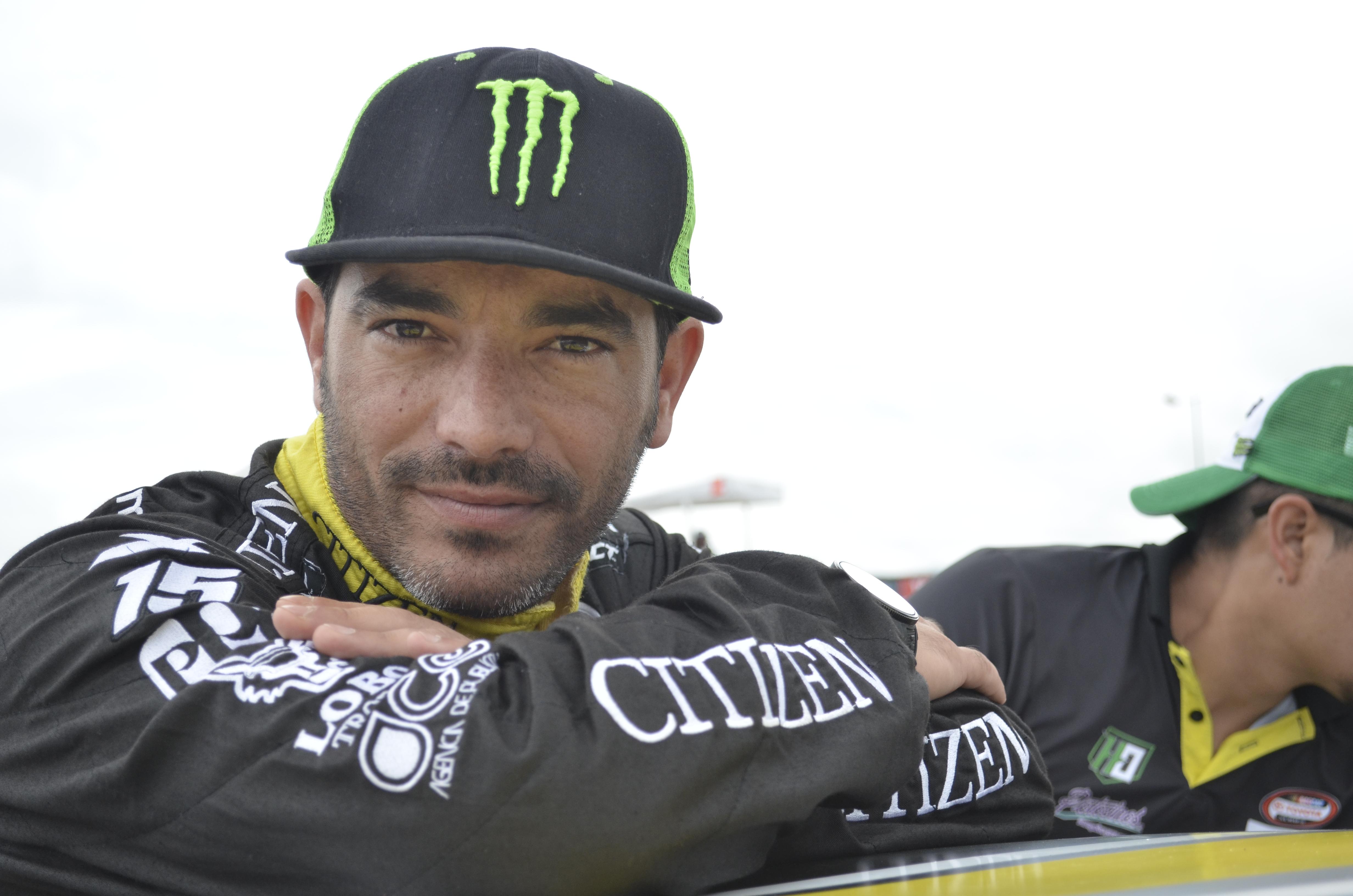 Rubén Pardo, una semana más como líder de NASCAR México