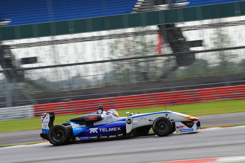Diego Menchaca, 3° en prácticas libres de Silverstone