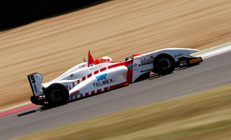 Finaliza Fonseca con buena cosecha de puntos en Brands Hatch