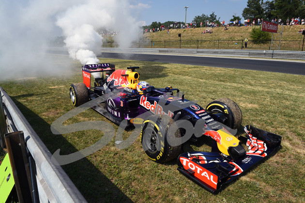 Daniel Ricciardo (AUS) Red Bull Racing RB11 suffered engine failure in FP2 at Formula One World Championship, Rd10, Hungarian Grand Prix, Practice, Hungaroring, Hungary, Friday 24 July 2015. BEST IMAGE
