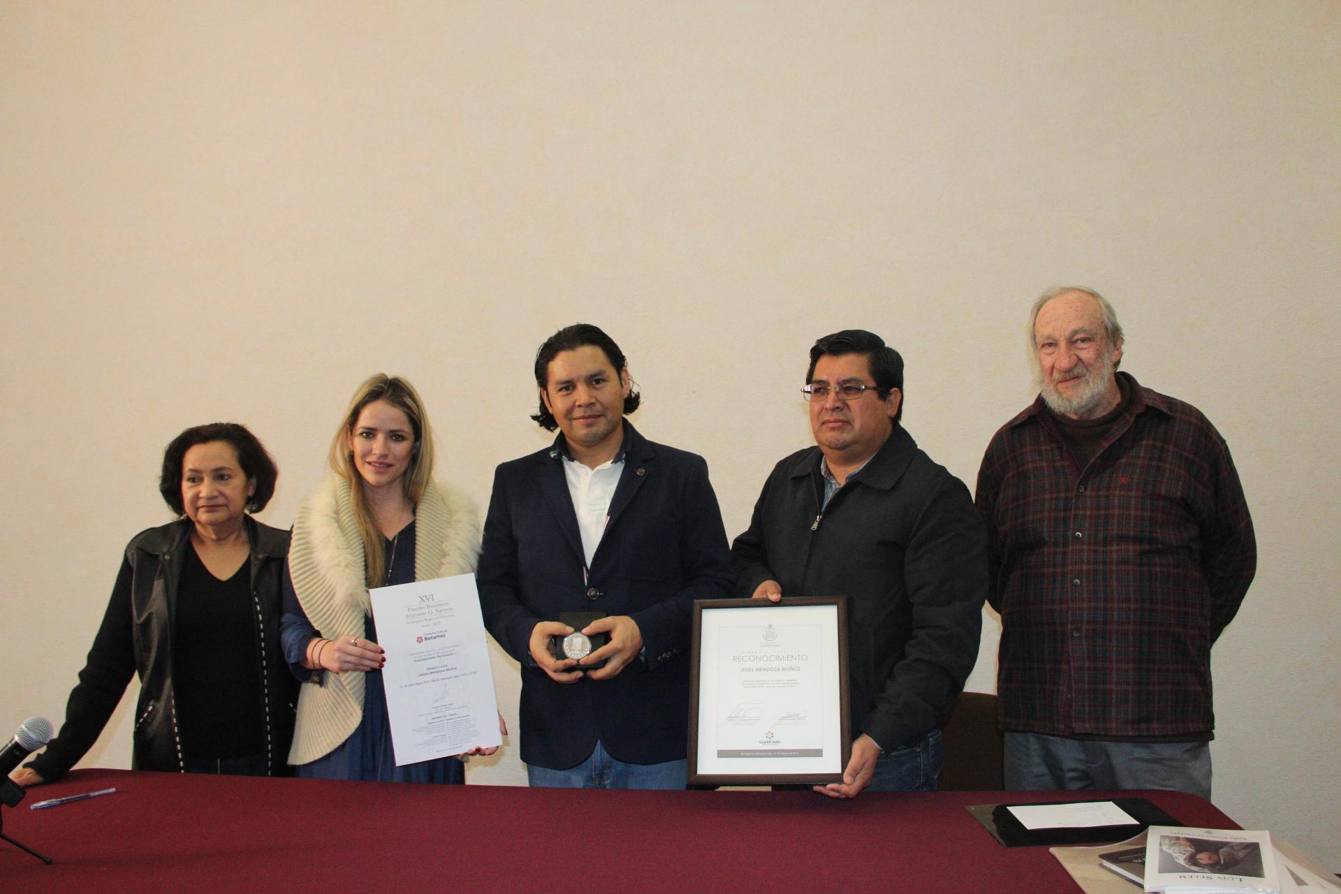 El IQCA entrega un reconocimiento a Jesús Mendoza Muñoz