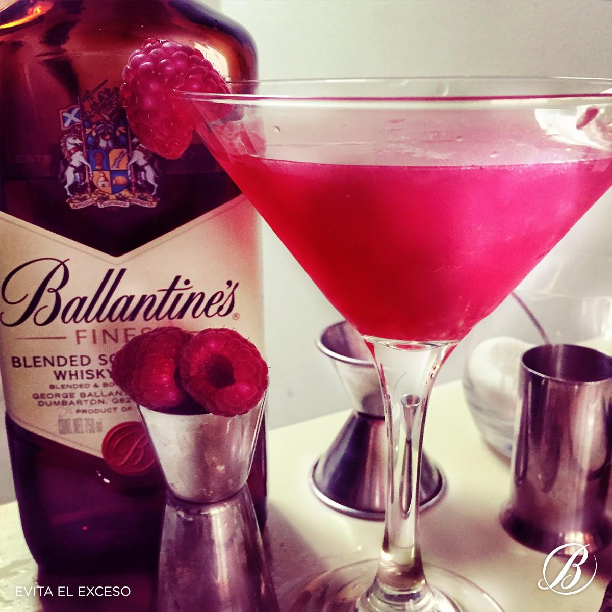Ballantine's transforma las expectativas del 14 de febrero y lo convierte en San Ballantine's