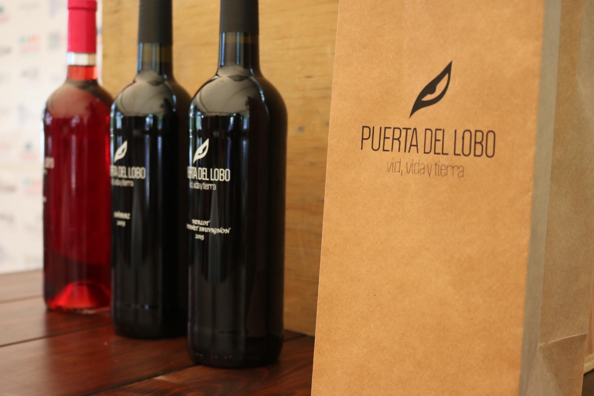 Inaugura Hugo Burgos Festival del Vino Nuevo 2