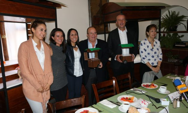 Entrega Secretaría de Turismo módulos de venta de artesanías a los municipios de Jalpan de Serra y El Marqués